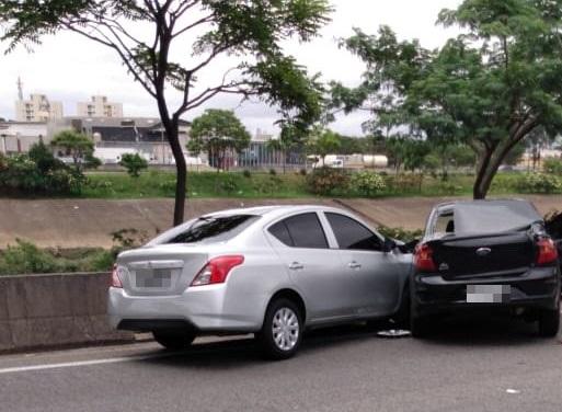 Acidente na Marginal Tietê na Penha