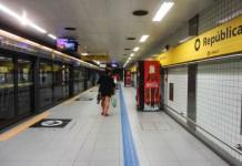 Passageiros Estação República Linha 4-Amarela