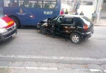 Acidente Ônibus e Carro Rua Vicente Leporace