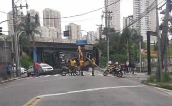 Pórtico Avenida Guarulhos