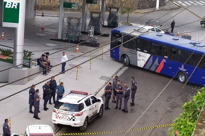 Ônibus sequestrado