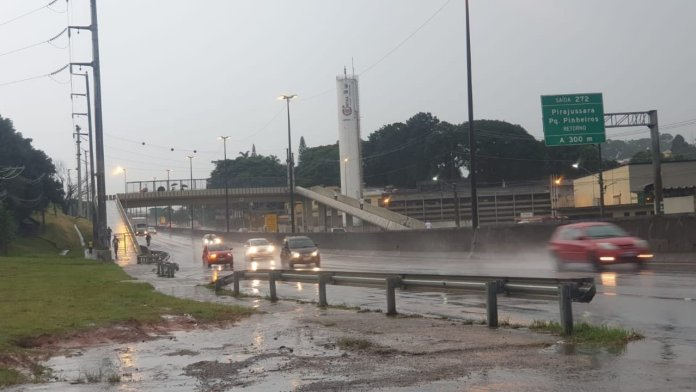 Alagamentos em São Paulo Régis Bittencourt