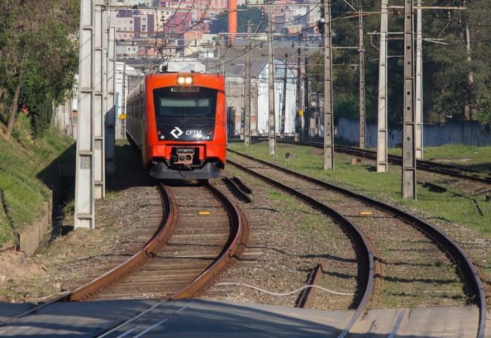 Trem Linha 8-Diamante