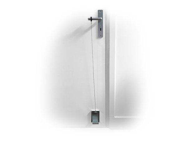 Protect Open Ouverture de porte avec le pied Le système d'ouverture de porte avec le pied permet d'éviter tout contact entre la porte et la main, il fonctionne quel que soit le sens d'ouverture de la porte Il s'installe en moins de 10 au moyen de 4 vis.