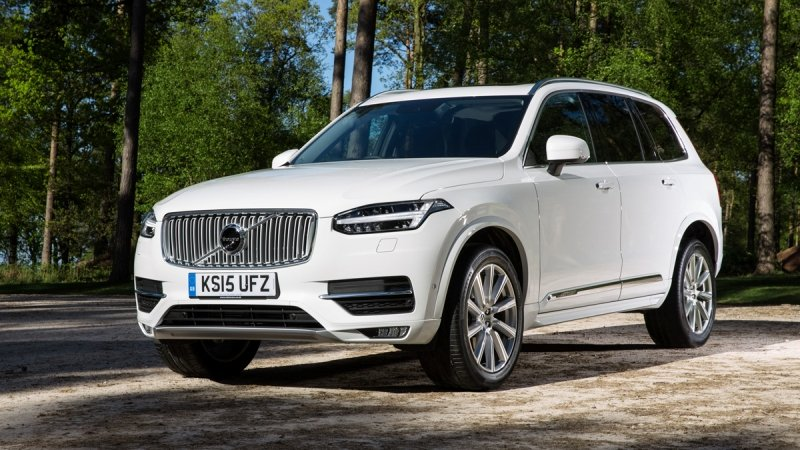 Volvo XC90 T8 Twin Engine (ibrida plug-in)