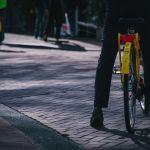Quasi 2 milioni di italiani si recano abitualmente al lavoro in bici o in moto