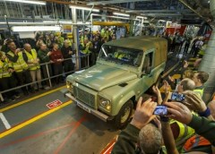 Land Rover Defender: The vehicle that can do everything (A Tribute) 8