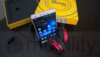tecno boom j8 with boom headphones