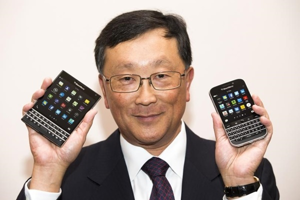 Want a free BlackBerry phone? Here's how to get one 23