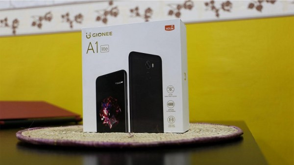 Gionee A1 Lite unboxing 1