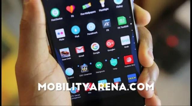 HTC U11 Review Squeeze