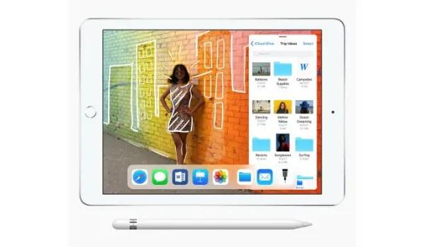 Apple iPad 9.7-inch pencil