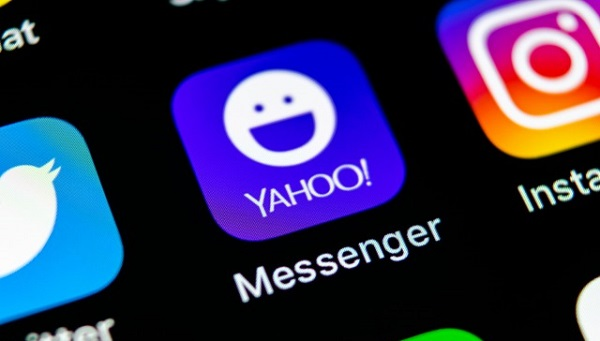 Yahoo messenger mobile app