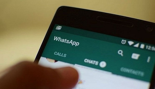 Picture-In-Picture mode now available in WhatsApp for Android 1