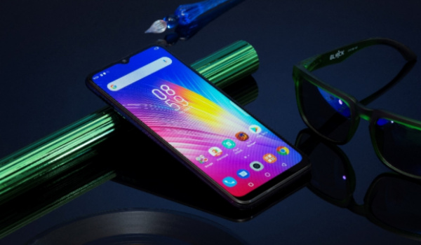 Infinix hot 8 Android 9 pie smartphone