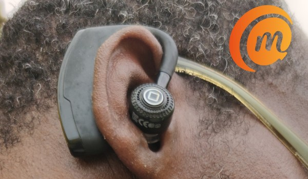 v9 bluetooth earpiece review