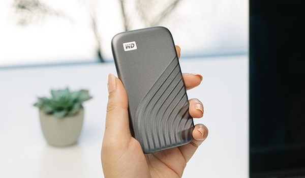 WESTERN DIGITAL'S NEW SLEEK WD BRAND MY PASSPORT SSD - WD Home Digital Storage Solutions