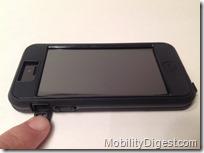 Case-Mate TOUGH XTREME iPhone 5 left