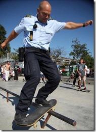 cool-cops-36-pics_33