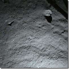 philae-lander-130-ft-above-comet