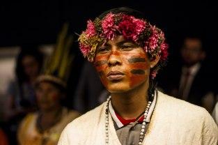 Indígenas na Câmara dos Deputados. Foto: Mídia Ninja