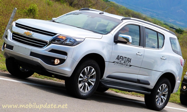gambar chevrolet trailblazer