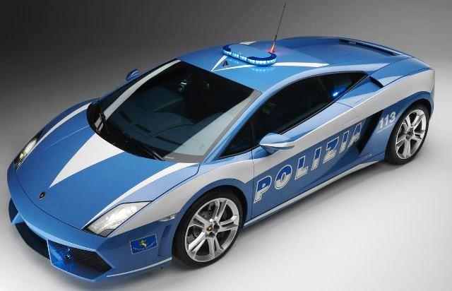 mobil polisi paling cepat di dunia