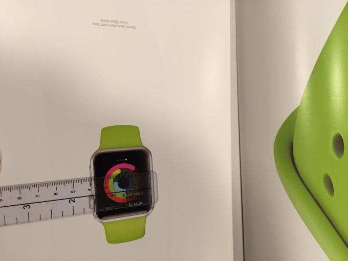 Reklama Apple Watch w Vouge