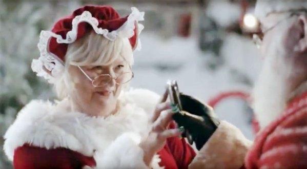 Świąteczne reklamy urządzeń mobilnych