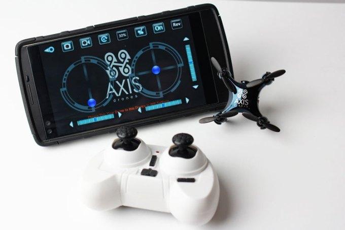 Axis Vidius - najmniejszy na świecie dron wyposażony w kamerę