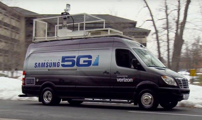 Ciężarówka do testów sieci 5G przez Verizon i Samsunga
