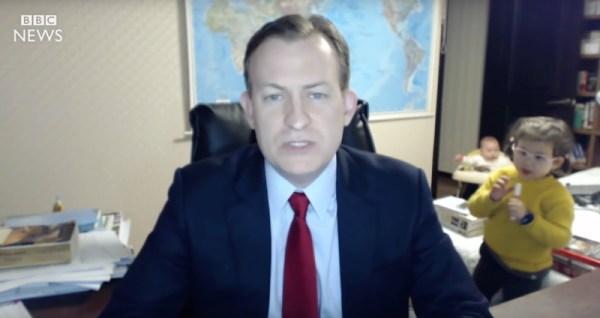 Dzieci wparowały podczas wywiadu w BBC, a w sieci dyskusja