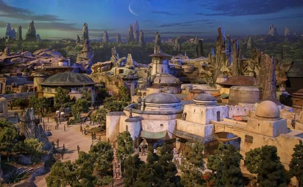 Star Wars Land można zobaczyć już na makiecie Disneya