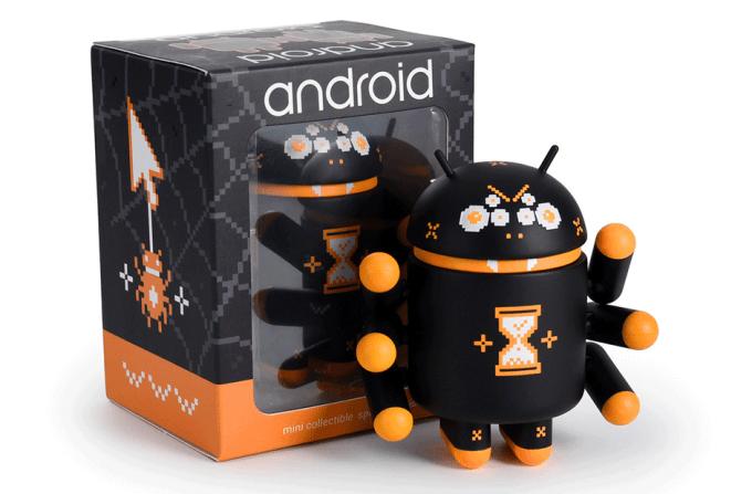 """Fugurka Androida """"Webcrawler"""" i pudełko"""