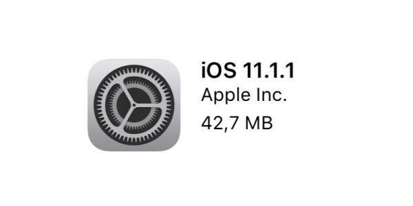 """iOS 11.1.1 z poprawką autokorekty oraz """"Hej Siri"""""""
