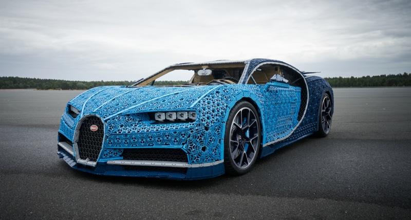Bugatti Chiron zbudowany z klocków LEGO