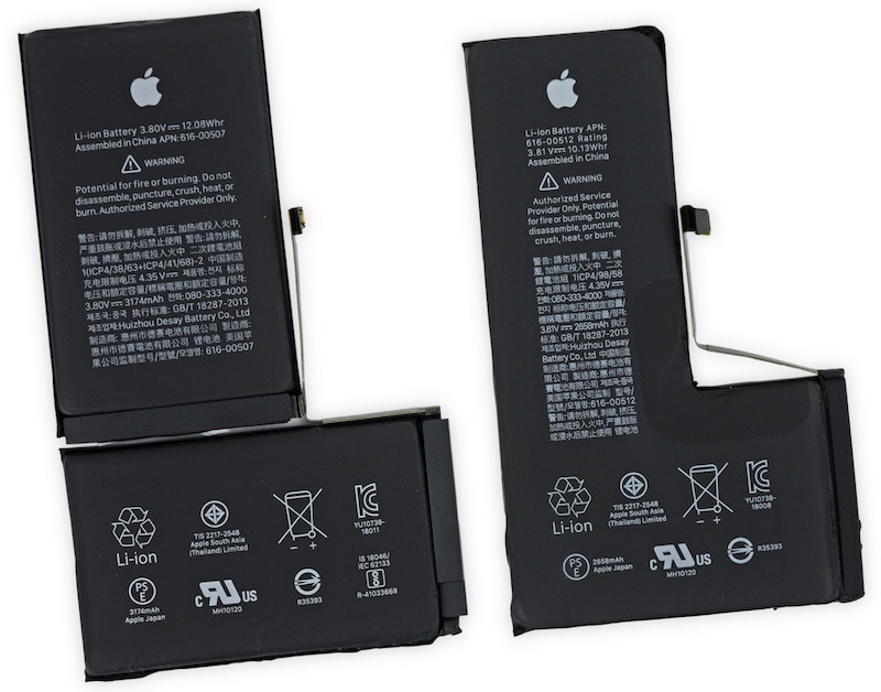 Baterie (od lewej: iPhone XS Max, iPhone XS) fot. iFixit