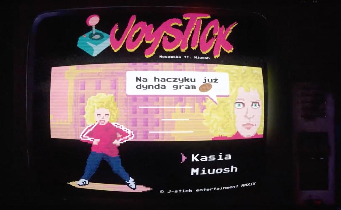 "Kadr z teledysku""Joystick"" (Nosowska i Miuosh)"