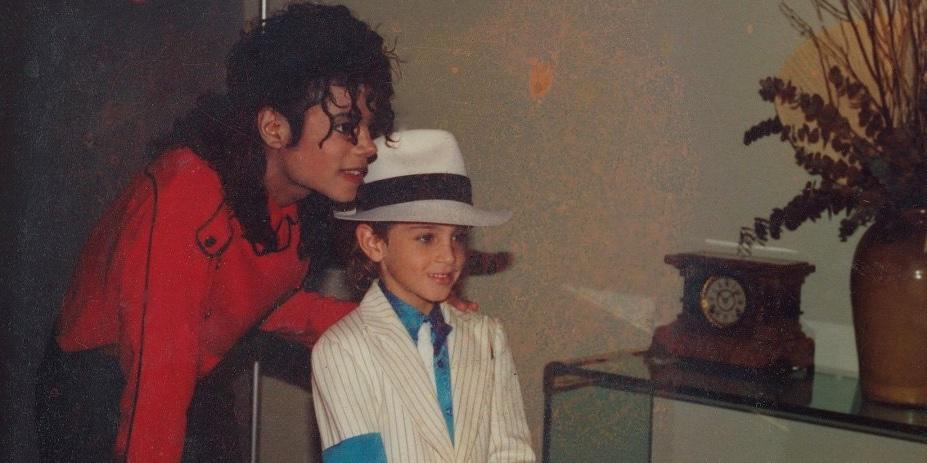 "Zdjęcie z filmu ""Leaving Neverland"" (Michael Jackson i Wade Robson)"
