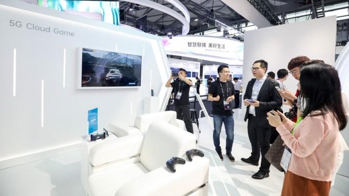 Stoisko Oppo na MWC 2019 w Szanghaju