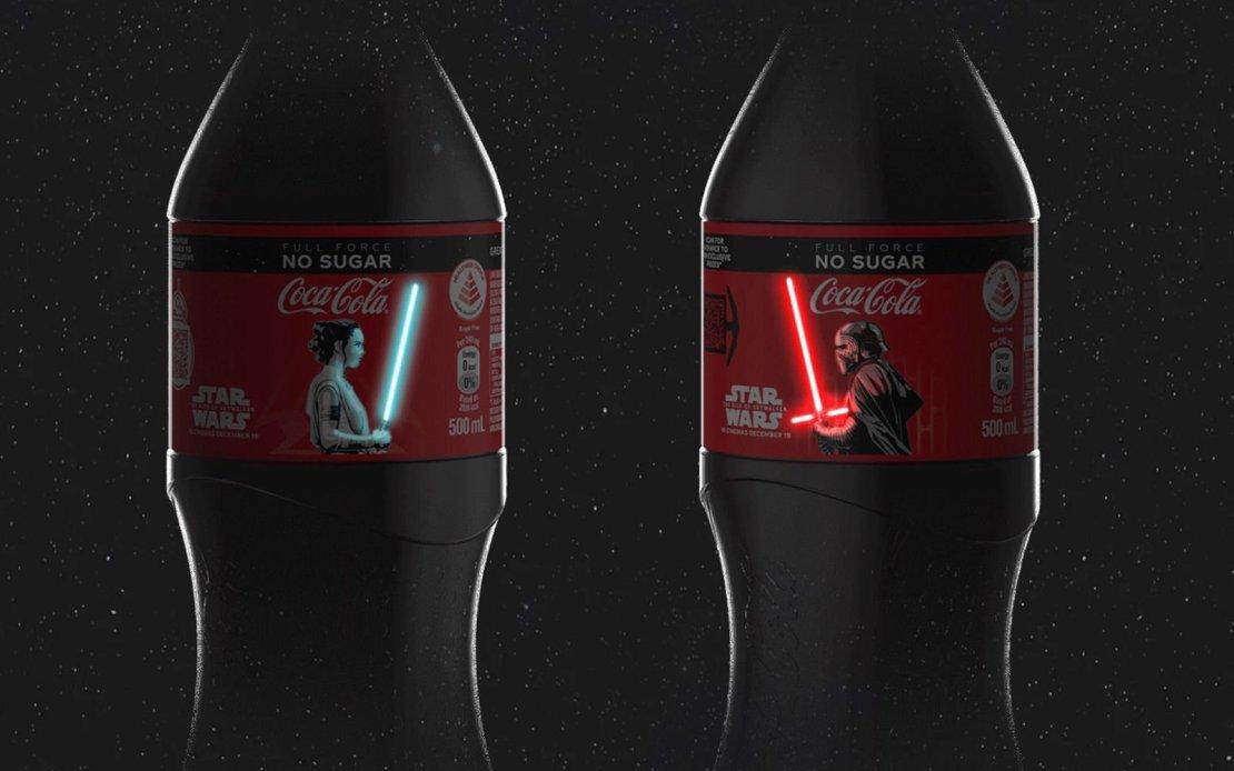 Butelki Coca-Coli z limitowanej edycji z mieczami świetlnymi na inteligentnych etykietach OLED