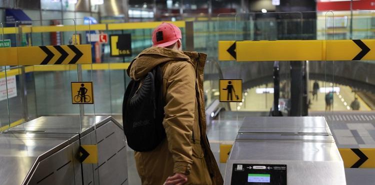 Bramki do warszawskiego metra