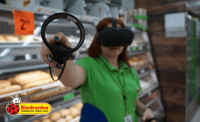 Szkolenia w wirtualnej rzeczywistości w sklepach Biedronka