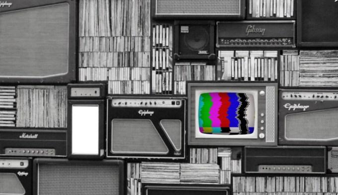 Telewizor z obrazem kontrolnym