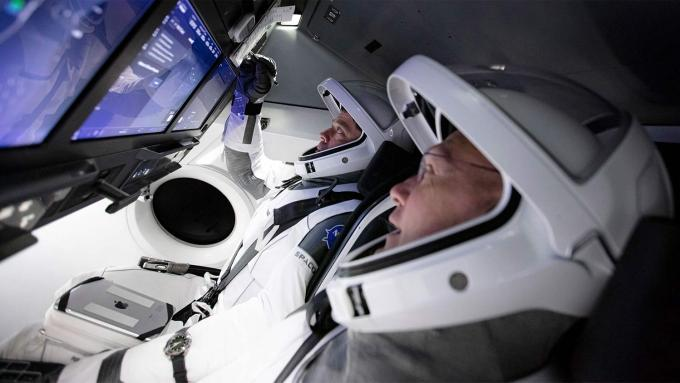 Astronauci: Robert Behnken i Douglas Hurley