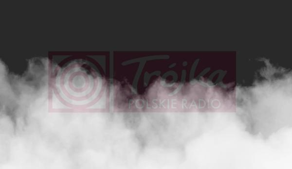 Trójka idzie w ostry cień mgły