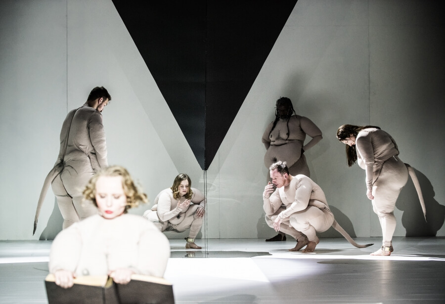 "Spektakl ""Mein Kampf"" Teatru Powszechnego (fot. Magda Hueckel)"