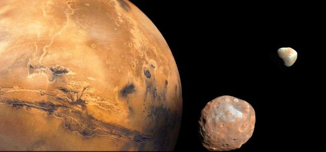 A new theory explains how the strange moons of Mars formed