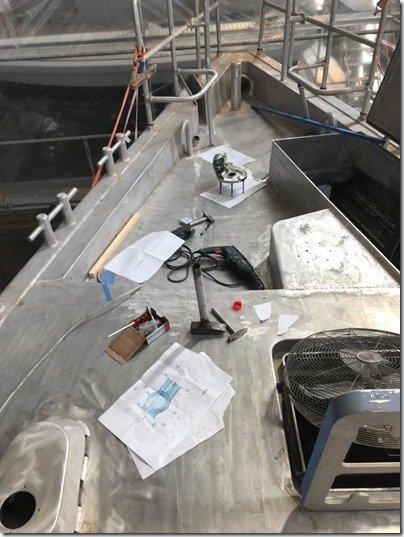 Mounting Bow winch   windlass