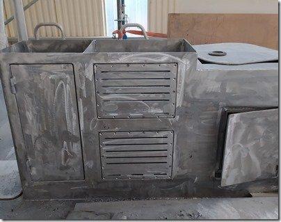Stbd Vent Box doors 2